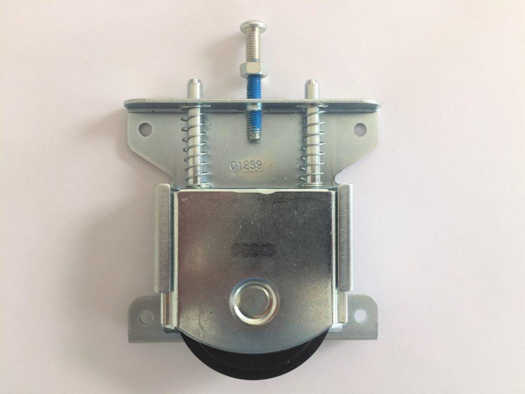 Roulette anti-dégondage pour portes de placard coulissantes