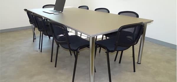 Table de réunion personnalisée