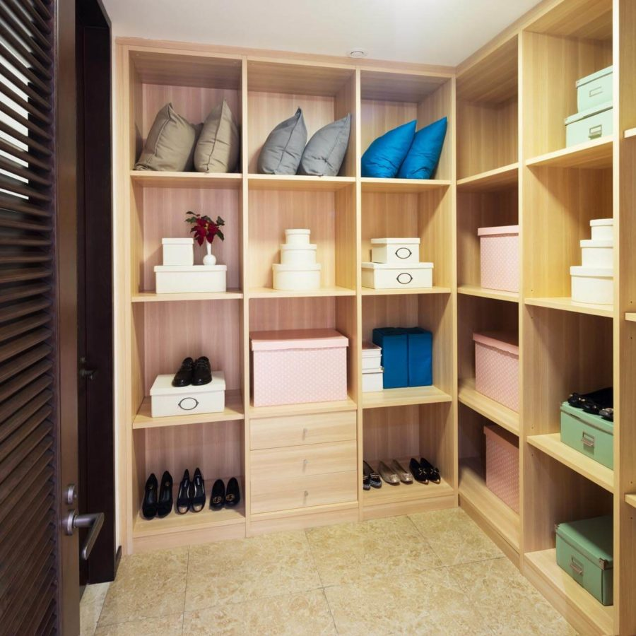 armoire sur mesure en kit