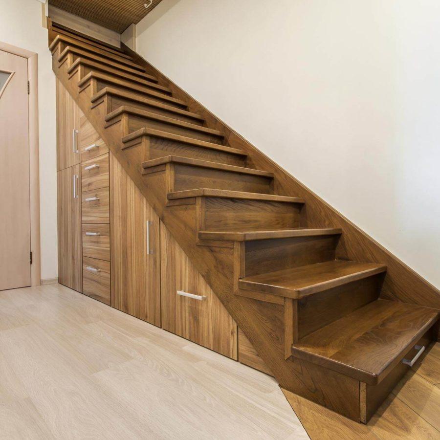escalier sur mesure pour mezzanine